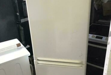 Siemens 6 ft tall fully working fridge freezer