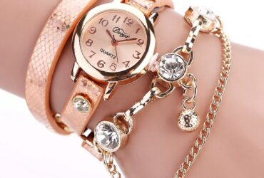 Woman Watch Rose Gold Case Leather Strap Quartz Watches