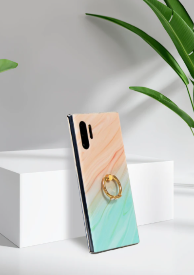 Kanky Cases is a Luxury Women Fashion Brand iPhone and Samsung Case Company.